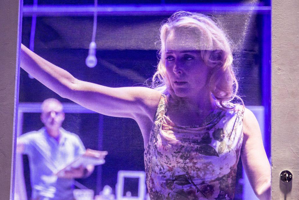 Gillian Anderson - Blanch DuBois